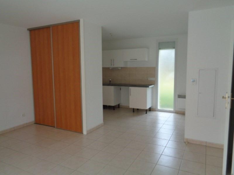 Location appartement Sainte luce sur loire 604€ CC - Photo 4