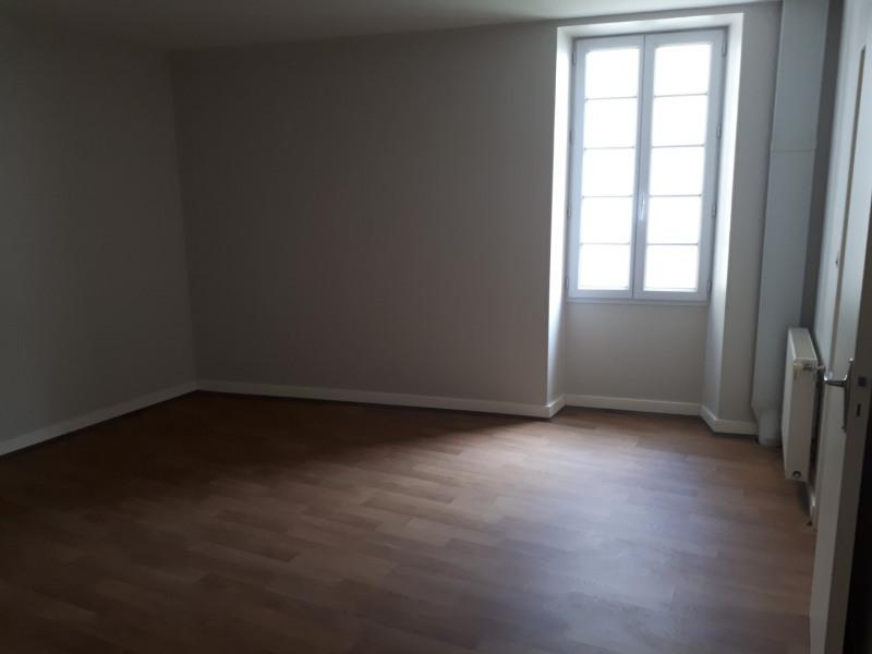 Location maison / villa Castres-gironde 600€ CC - Photo 10