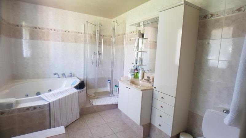 Sale house / villa Pontault combault 483000€ - Picture 8