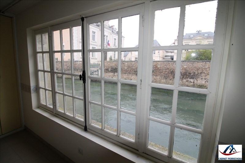 Sale house / villa La chartre sur le loir 94350€ - Picture 11
