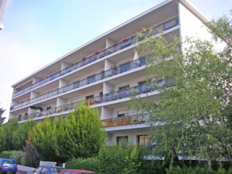 Location appartement Le puy en velay 573,79€ CC - Photo 1