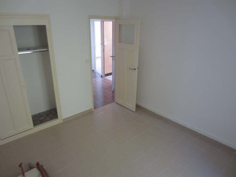 Rental apartment La seyne-sur-mer 559€ CC - Picture 3