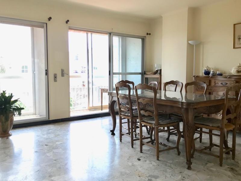 Sale apartment Arles 178000€ - Picture 6