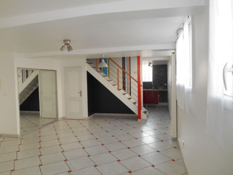 Sale apartment Saint quentin 88 600€ - Picture 1