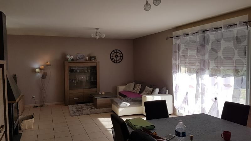 Vente maison / villa Marseille en beauvaisis 188100€ - Photo 4