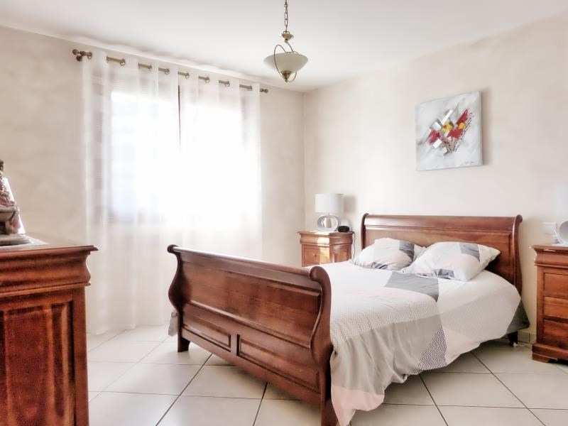Sale house / villa Marignier 540000€ - Picture 9