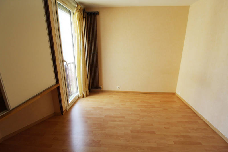 Rental apartment Elancourt 1 271€ CC - Picture 7
