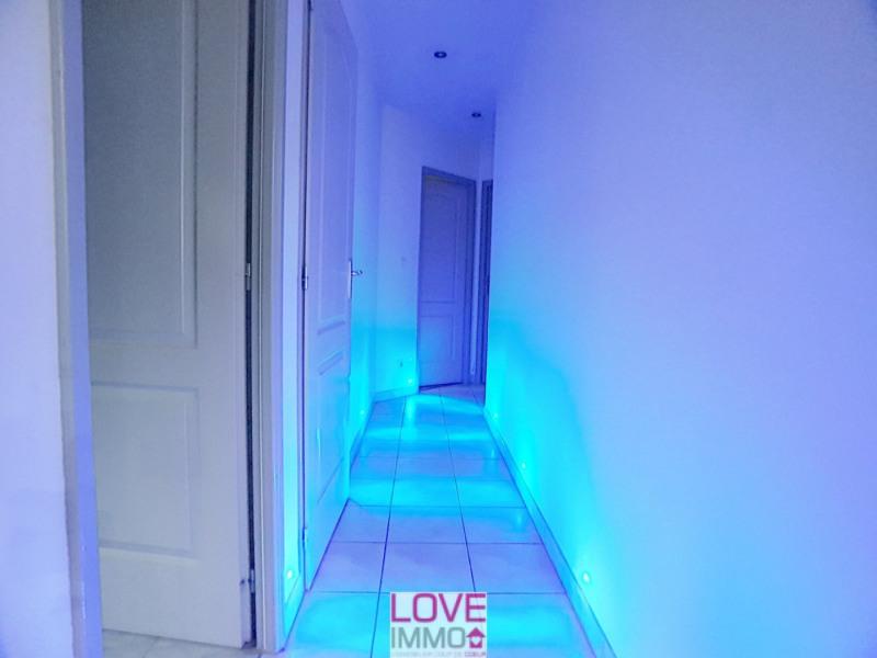 Vente maison / villa Les abrets 296800€ - Photo 2