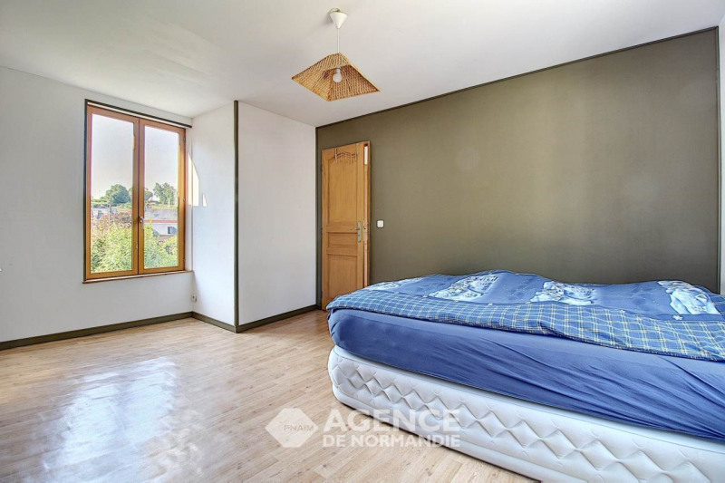 Investment property house / villa Montreuil-l'argille 90000€ - Picture 4