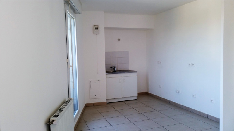Location appartement Drancy 745€ CC - Photo 2