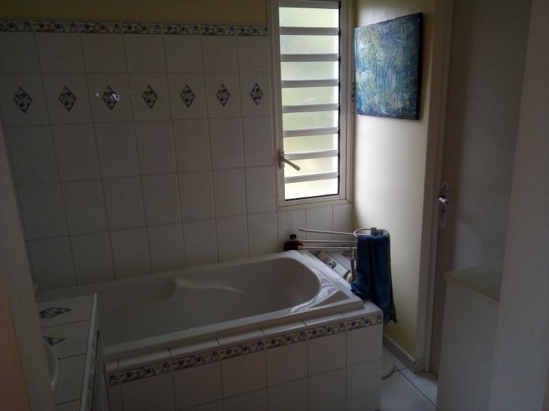 Sale house / villa La riviere 247000€ - Picture 6