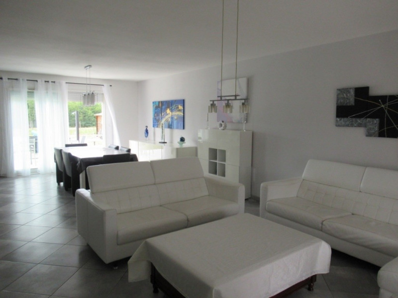 Sale house / villa Ginestet 254500€ - Picture 4