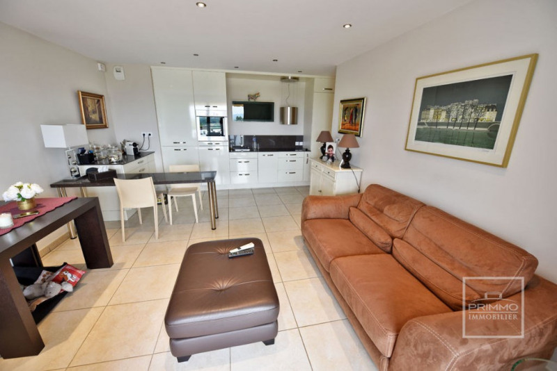 Deluxe sale apartment Trevoux 275000€ - Picture 10