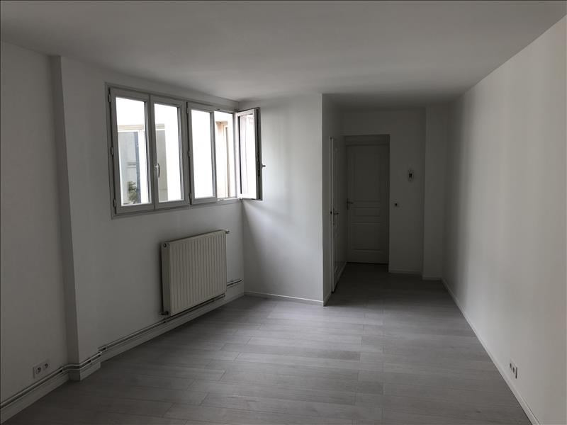 Vente loft/atelier/surface Paris 18ème 665 400€ - Photo 8