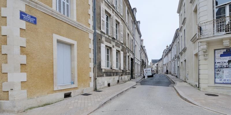 Location parking Poitiers 65€ CC - Photo 1