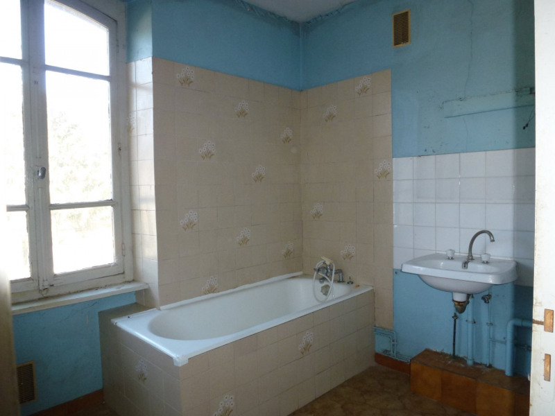 Sale house / villa Hauterives 129000€ - Picture 12