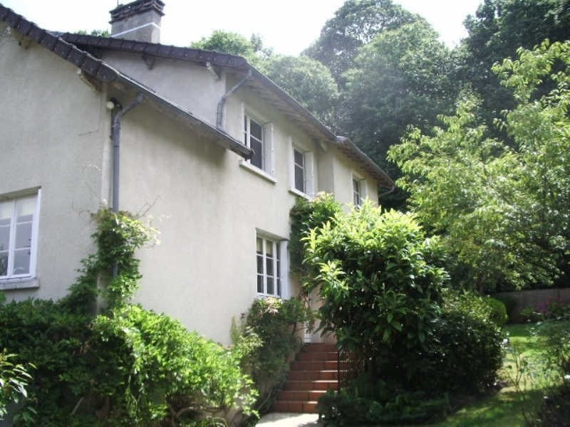 Deluxe sale house / villa Louveciennes 1 095 000€ - Picture 1