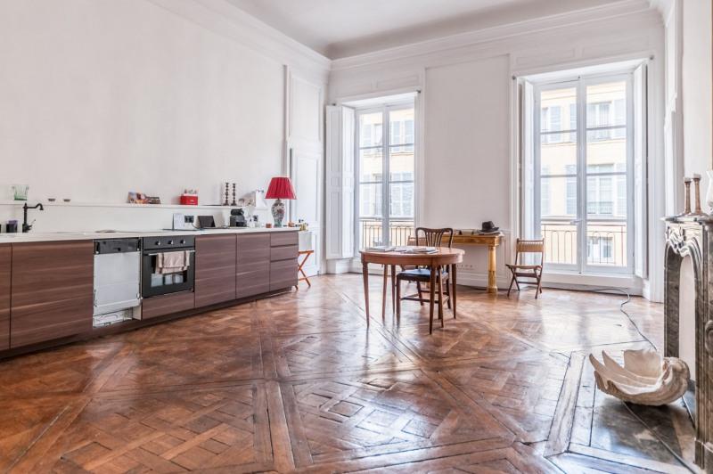 Vente de prestige appartement Versailles 764400€ - Photo 2