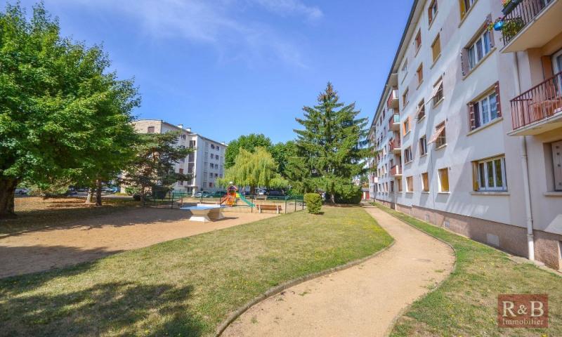 Vente appartement Les clayes sous bois 183000€ - Photo 2