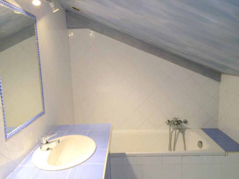 Location appartement Les milles 750€ CC - Photo 5