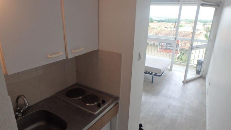 Rental apartment Toulouse 387€ CC - Picture 2