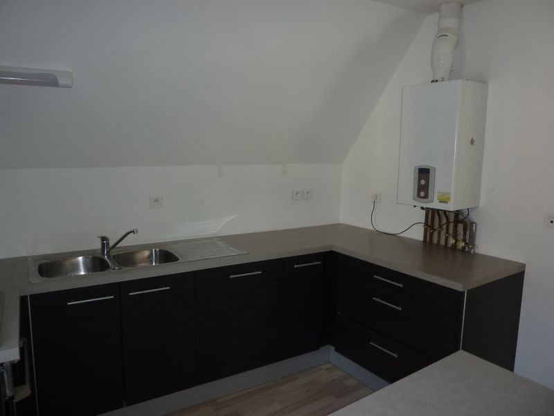 Rental apartment Pontivy 383€ CC - Picture 2