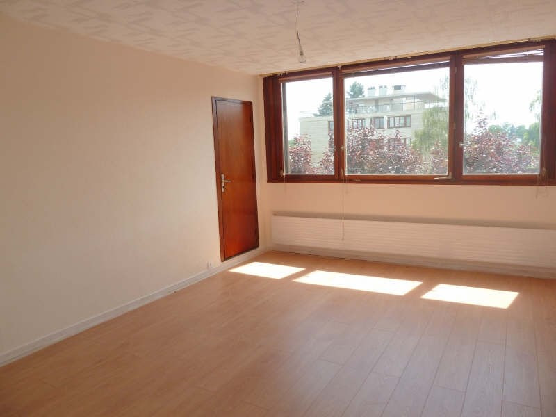 Rental apartment Andresy 895€ CC - Picture 2