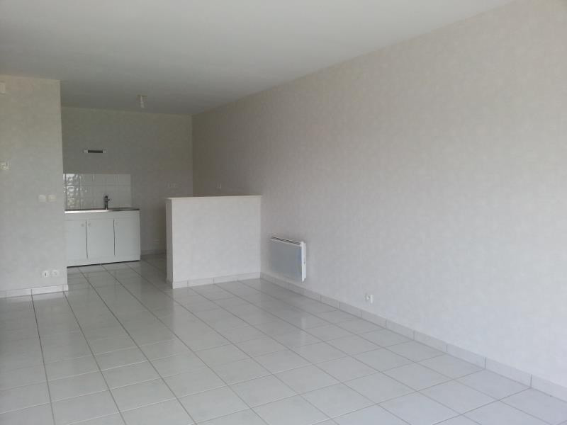 Rental apartment Herouville st clair 549€ CC - Picture 1