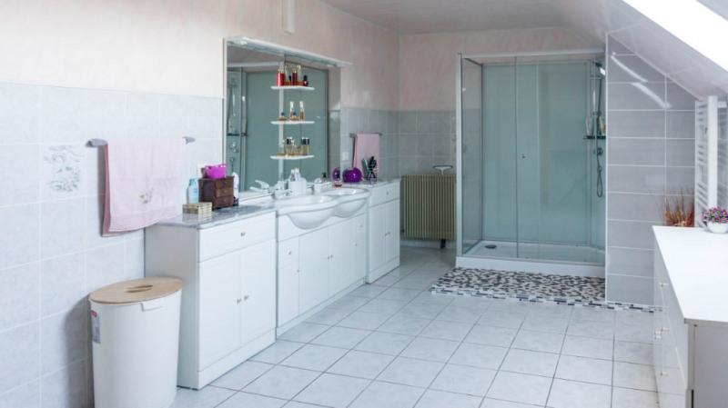 Sale house / villa Assat 300000€ - Picture 3