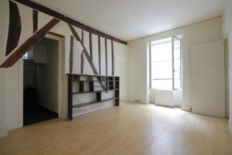 Sale apartment Paris 18ème 399900€ - Picture 2