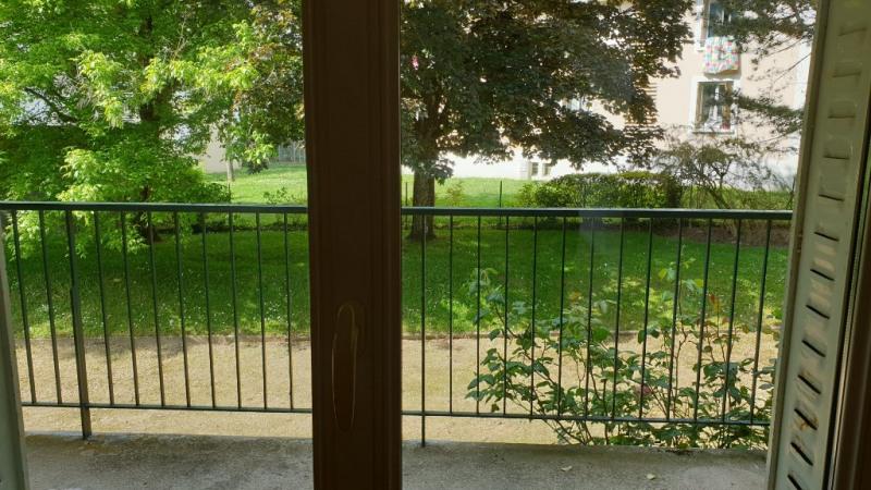 Rental apartment Montfort-l'amaury 1280€ CC - Picture 5