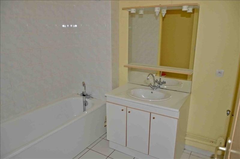 Location appartement Nantua 385€ CC - Photo 3