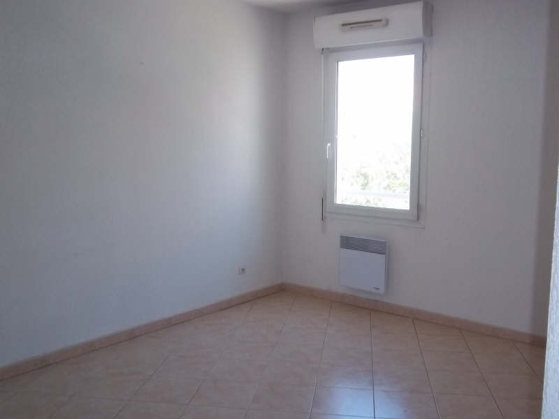 Location appartement Marseille 8ème 725€ CC - Photo 3