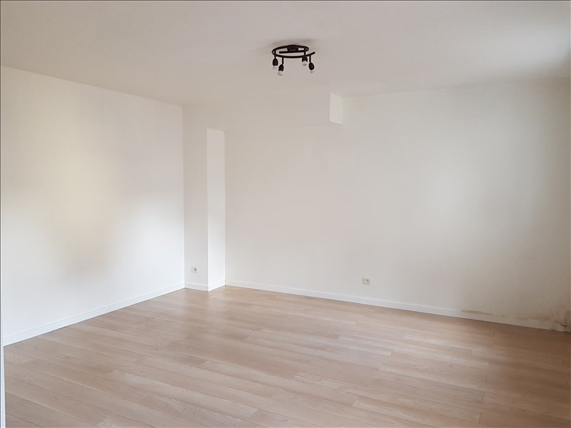 Location appartement Chatillon 780€ CC - Photo 5
