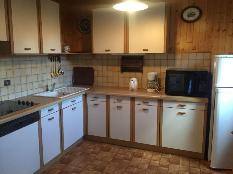 Rental apartment Sallanches 600€ CC - Picture 2