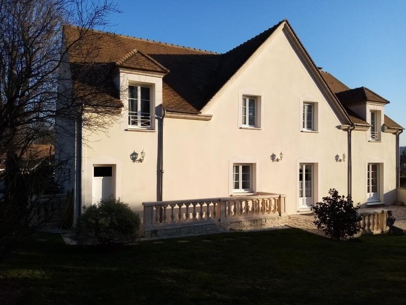 Sale house / villa Forges les bains 680000€ - Picture 1
