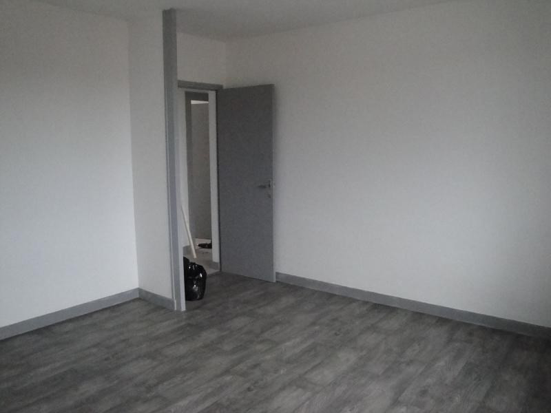 Investment property building Niort 272000€ - Picture 4
