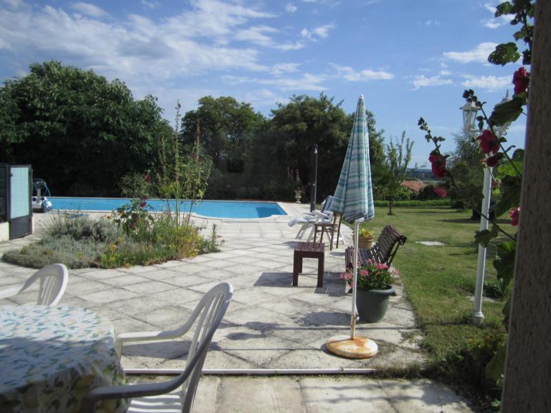 Sale house / villa Barbezieux saint-hilaire 239200€ - Picture 3