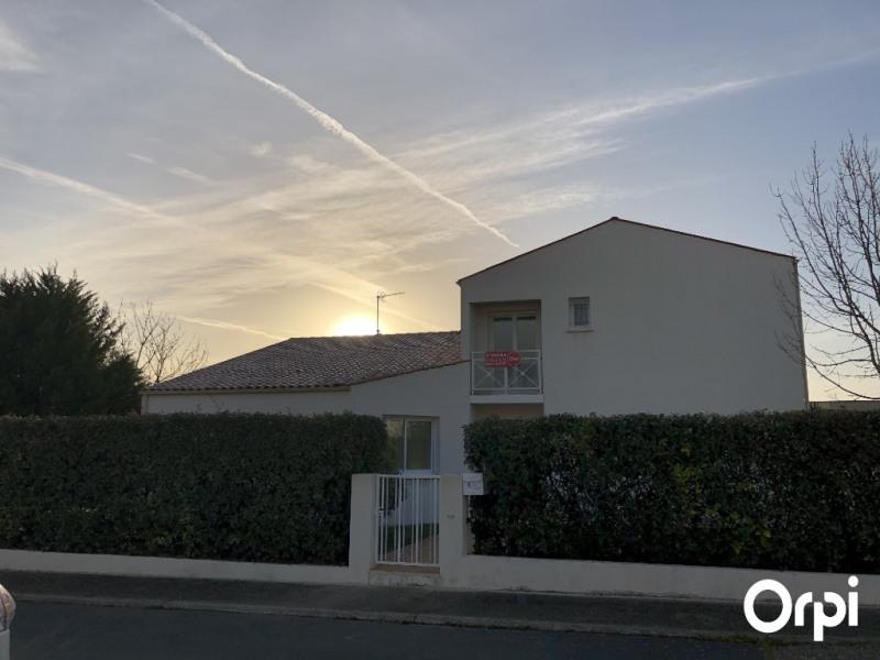 Vente de prestige maison / villa Lagord 556500€ - Photo 2