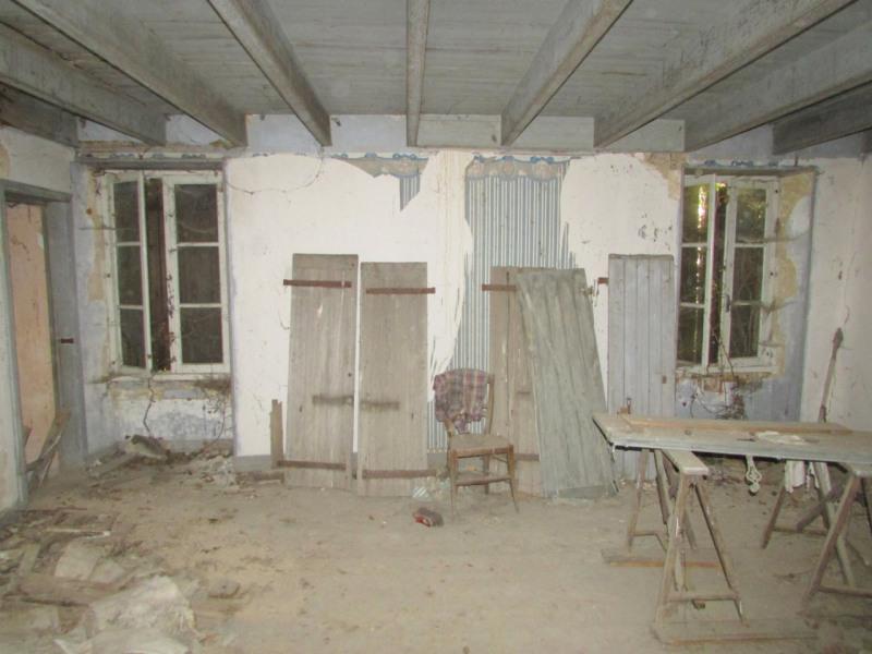 Sale apartment Tusson 39000€ - Picture 2