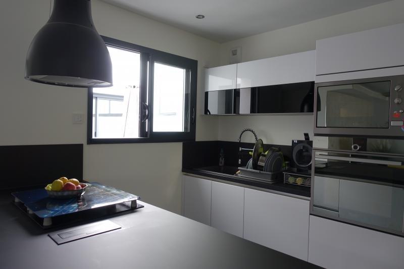 Deluxe sale house / villa Lumbin 420000€ - Picture 7