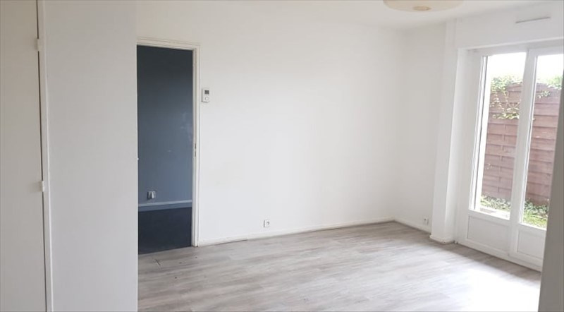 Sale apartment Villiers sur orge 146 500€ - Picture 1