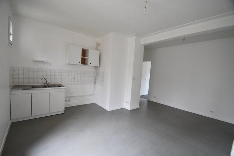 Verhuren  appartement St lo 378€ CC - Foto 2