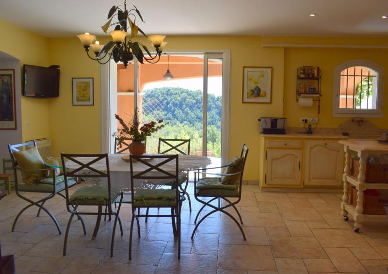 Revenda residencial de prestígio casa Seillans 750000€ - Fotografia 15
