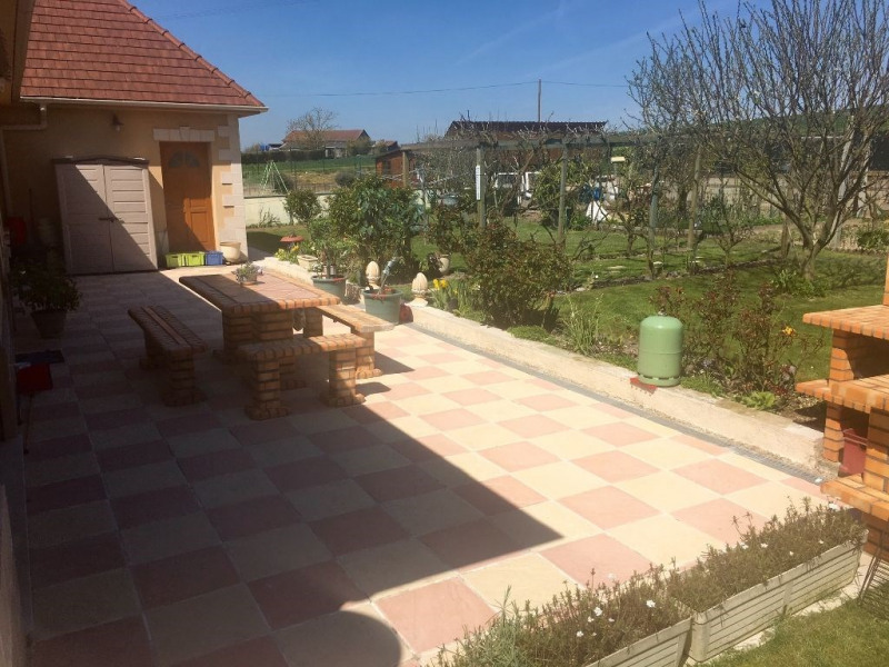 Sale house / villa Bulles 320 000€ - Picture 2