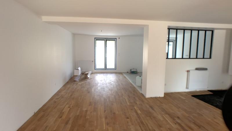 Deluxe sale house / villa Bron 574900€ - Picture 5