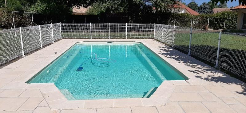 Sale house / villa Buros 440000€ - Picture 3