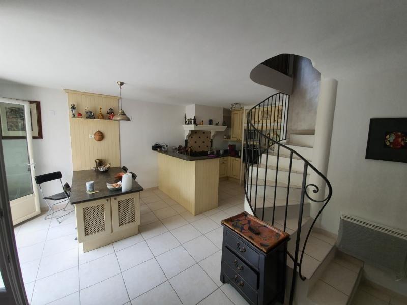 Sale house / villa Eguilles 468000€ - Picture 2