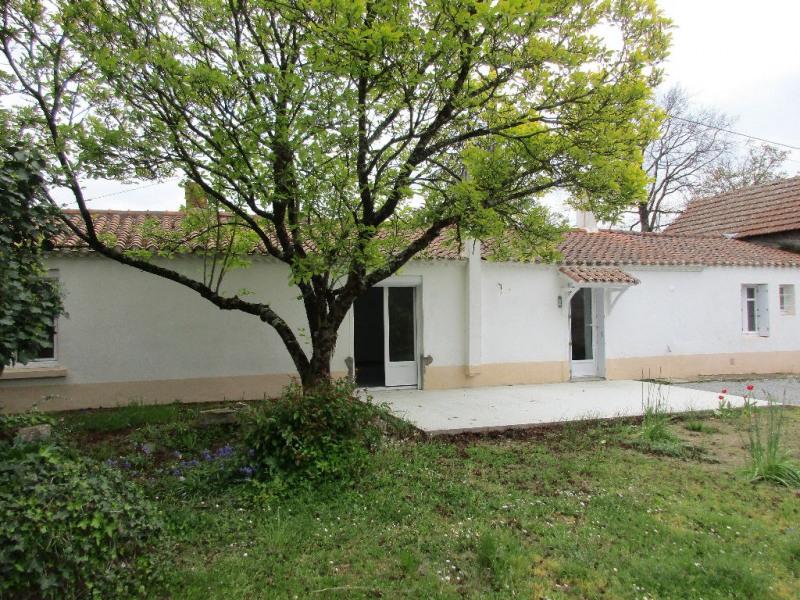 Rental house / villa Bouaye 935€ CC - Picture 1