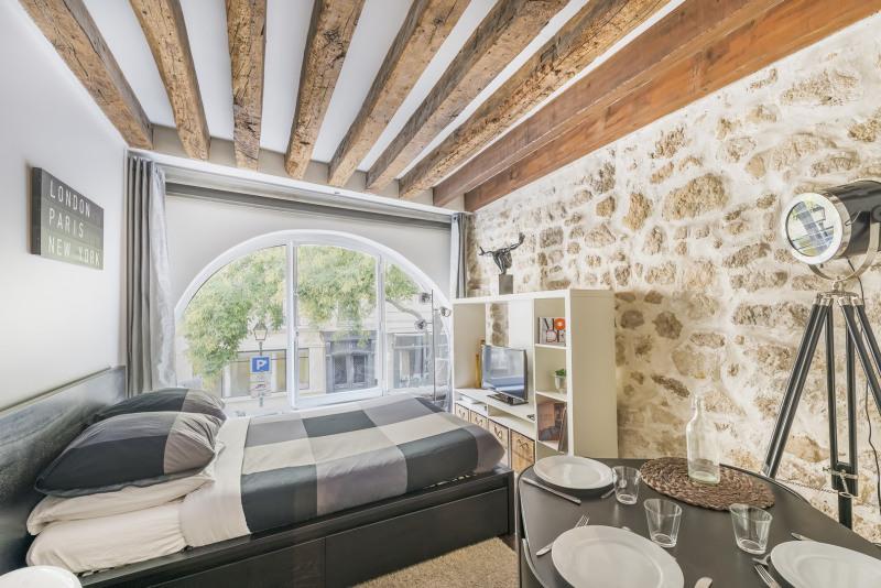 Vendita appartamento Paris 2ème 325000€ - Fotografia 1